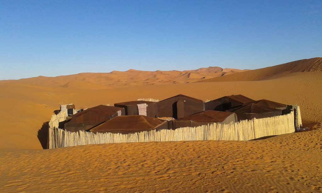 STANDARD CAMP AND LUXURY SINGLE TENT SAHARA DESERT CAMPING MOROCCO